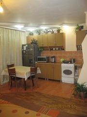 Продается  кухонный  гарнитур. Польша